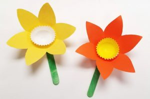 paper daffodil easter passover craft